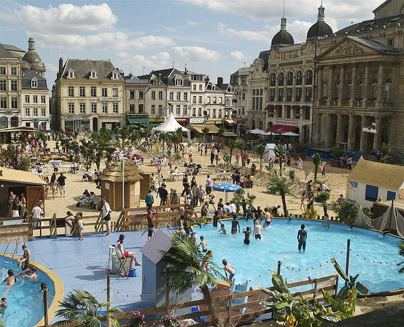 Saint quentin france pictures and videos and news for Piscine saint quentin